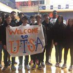 Seniors touring UTSA