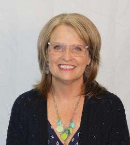 Headshot of Lisa McCray